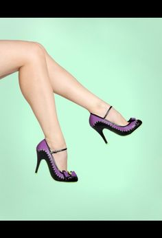 I LOVE purple and these would so cute to wear! Fun!