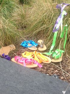 Sandals everywhere !!!!!