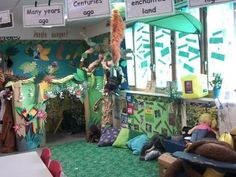 An exciting take on a classic role play area in an Early Years classroom. Eyfs Activities, Interactive Activities, School Displays, Classroom Displays, Ks1 Classroom, Dinosaur Classroom, Classroom Design, Classroom Themes, Animal Boogie