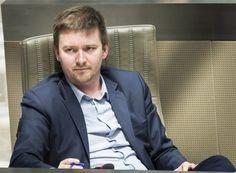 Vlaams parlementslid Hermes Sanctorum stapt op bij Groen en gaat als onafhankelijke zetelen. 'Ik wil voluit voor een totaalverbod op onverdoofd slachten blijven gaan, zonder de handrem op'.