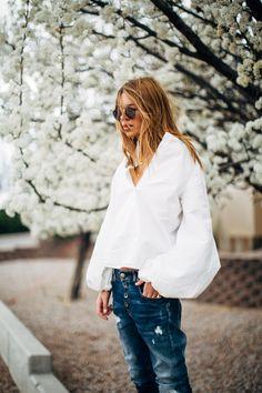 Maja Wyh wearing REPLAY Pilar Jeans.