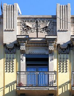 Barcelona - Balmes 156 b 1 by Arnim Schulz, via Flickr