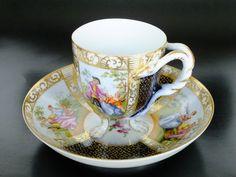 Coffee Cup Set, Tea Cup Set, My Cup Of Tea, Tea Cup Saucer, Vintage Cups, Vintage Tea, Teapots And Cups, Teacups, Teapot Cookies