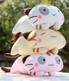 I own this pattern from Funky Friends Factory... but what a cute way to customize them to make them different!