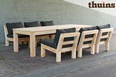 Douglas houten low dining set met antraciete kussens