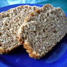 Oatmeal Whole Wheat Quick Bread- I love this! So quick and easy, plus delicious! I leave the oatmeal whole for some texture. Definitely not traditional bread, but a delicious sweet alternative! Whole Wheat Quick Bread Recipe, Quick Bread Recipes, Cooking Recipes, Cooking Fish, Cooking Steak, A Food, Food And Drink, Spelt Bread, Oatmeal Bread