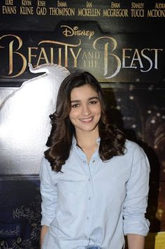 High Quality Bollywood Celebrity Pictures: Alia Bhatt Looks Super Sexy in Skinny Jeans At 'Beauty and The Beast' Screening For NGO (Angel Express Foundation) Kids In Mumbai