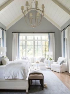 All White Bedroom : The Complete Guide to Design a White Bedroom