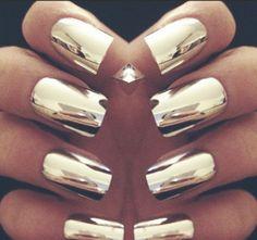 nail polish, gold - Wheretoget