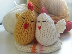 Ravelry: Easter Egg Surprise pattern by Mariù AlpiKnit