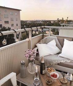 Colors, sofa – balcony garden 100 – Home Design Ideas Small Balcony Decor, Outdoor Balcony, Balcony Garden, Outdoor Spaces, Terrace, Outdoor Living, Outdoor Decor, Balcony Ideas, Decor Scandinavian