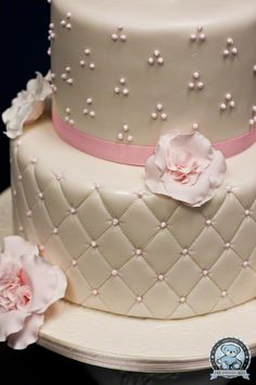 First Communion Cakes for Girls | May 2011 Baptism, First Communion Cakes | Dream Day Cakes
