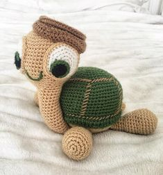 Crochet Turtle Amigurumi Free Patterns Turtle Amigurumi Free Crochet Pattern by Divonsir BorgesThe sweet crochet turtles will be the perfect friends for your kids. You can make them for your kids with these Crochet Turtle Amigurumi Free Patterns. Crochet Turtle Pattern Free, Crochet Amigurumi Free Patterns, Crochet Animal Patterns, Stuffed Animal Patterns, Ravelry Crochet, Amigurumi Tutorial, Crochet Fish, Cute Crochet, Crochet Gifts
