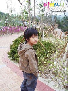 [Unseen] Chanwoo © JCW19980126   do not edit. Chanwoo Ikon, Kim Hanbin, Ikon Member, Ikon Kpop, Childhood Photos, Boys Over Flowers, Fandom, Cha Eun Woo