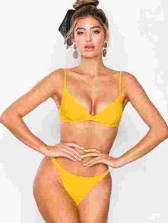 Thin Strap Bikini Panty - Nly Beach - Gul - Bikinier - Badetøy - Kvinne - Nelly.com Strap Bikini, Bikinis, Swimwear, Retro, Beach, Fashion, One Piece Swimsuits, Moda, Bikini