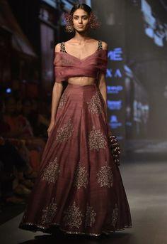 Beautiful Hand Embroidered Silk Lehenga with western blouse. Lakme Fashion Week, India Fashion, Asian Fashion, Indian Look, Indian Ethnic Wear, Pakistani Outfits, Indian Outfits, Western Lehenga, Classic Wedding Dress