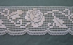 Vintage Filet Lace Trim Edging  with a rose by JanesVintageToo