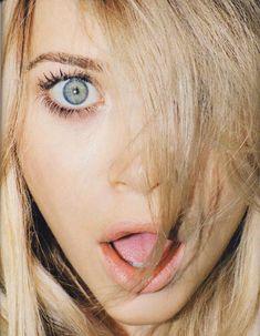 everybody loves an Olsen twin.