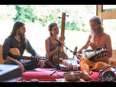 While attending Everness Festival in Hungary we were invited by artist Istvan Sky Kék Égto to visit his Surya Sangíta Asram. There four beautiful souls met t...