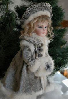 Coat, Hat, Muff for Antique Doll, Bru - Mandeep Madden Dolls Old Dolls, Antique Dolls, Vintage Dolls, Victorian Dolls, Porcelain Dolls Value, Porcelain Dolls For Sale, China Porcelain, Porcelain Jewelry, Porcelain Tiles