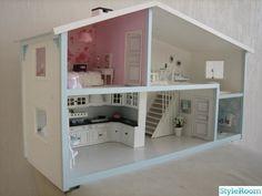 #Lundby dollhouse, renovated . lovely job.
