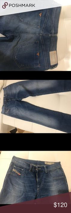 Jeans In a great condition Diesel jeans, it says size 30 but im size 26 and they look good on me. Stratchi material Diesel Jeans