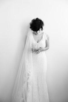 Real Wedding: Julia & Jordan - The Bride's Cafe: Photography: Viera Photographics