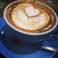 吉祥寺のLIGHT UP COFFEEにて。 同い年の方がやってるし、味はもちろん、雰囲気もいい!だいすき!