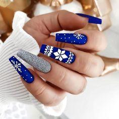 Chistmas Nails, Cute Christmas Nails, Xmas Nails, Holiday Nails, Winter Christmas, Blue Christmas, Simple Christmas, Blue Acrylic Nails, Acrylic Nail Designs