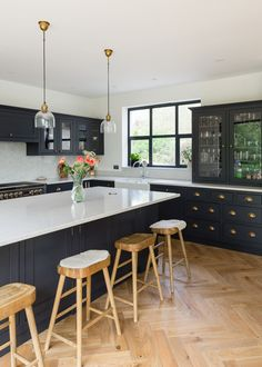 Shaker Kitchens, The Shaker Kitchen Company, Shaker Style Kitchens Shaker Kitchen Company, Grey Shaker Kitchen, Shaker Style Kitchens, Neutral Kitchen, Dark Kitchen Cabinets, Home Kitchens, Dark Kitchens, Blue Cabinets, Open Plan Kitchen Living Room