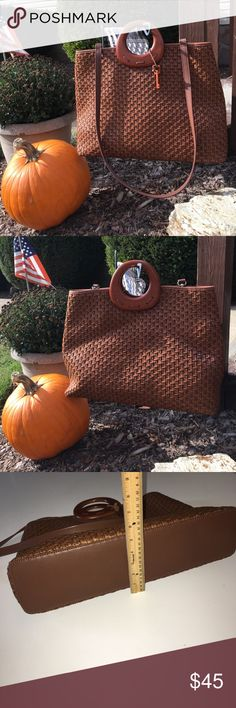 "🌟 HP 🌟 Fossil Woven Handbag Purse 🌟 Host Pick💫 Best in Bags Party 10/26/17🌟  Fossil Woven Handbag Purse. Gently used condition. Signature Fossil key attached. Wooden handles with a longer, removable shoulder strap. No outside pockets. One inside zippered pocket. Dimensions approximately 17""(L) x 4.5""(W) x 12""(H). Fossil Bags"