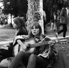Hippies at Elysian Park-hippies 1967-Michael Ochs Archives Getty Images-A045771038
