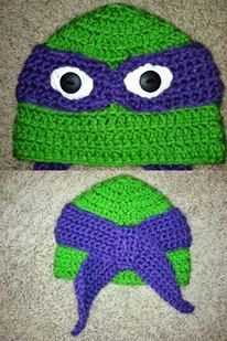 Teenage Mutant Ninja Turtles Crochet Hat Gonna make this for my little bubby.Carson Watson who asked me to crochet him something that was not a purse for a little girl Crochet Kids Hats, Crochet Beanie, Crochet Crafts, Yarn Crafts, Crochet Clothes, Knitted Hats, Knit Crochet, Yarn Projects, Knitting Projects