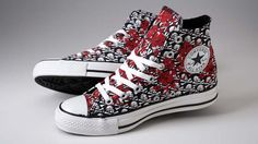 Chuck Taylor Floral Skulls Converse... for my sisters !!!!