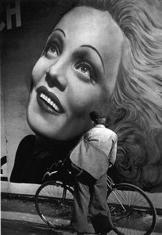 Brassaï: Marlene, 1937
