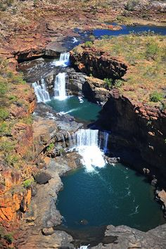 Mitchell Falls, Australian Continent, Solomon Islands, Largest Countries, Vanuatu, Small Island, Papua New Guinea, Commonwealth, Tasmania