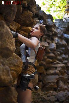 Lara Croft Tomb Raider Classic by Anastasya01.deviantart.com