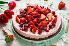Diesen Kuchen gibt's bei uns ständig: Erdbeer Cheesecake ohne raffinierten Zucker. Ganz toll auch für Kinder geeignet. Klick hier für das ganze Rezept und weitere leckere Ideen für eure Kinder.