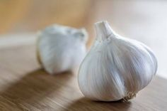 How To Remove Garlic Odor From Wood Cutting Boards