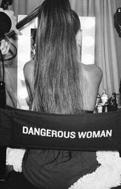 #wattpad #casuale Esperienza Dangerous Woman Tour dall'pubblicazione dell'album fino all'esperienza che ho provato il 17 Giugno 2017
