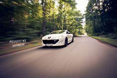 Peugeot RCZ in motion