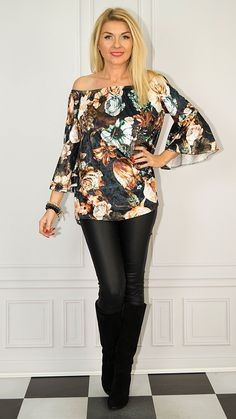 Bell Sleeves, Bell Sleeve Top, Photo Sessions, Women, Fashion, Tunic, Moda, Fashion Styles, Fashion Illustrations