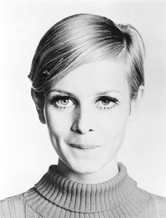 Twiggy - The Most Iconic Vintage Short Hairstyles - Photos