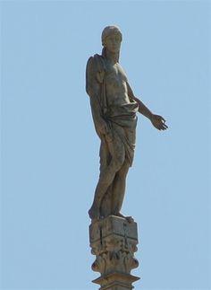 Statua G114 #AdottaUnaGuglia  #GetYourSpire Statue Of Liberty, Greek, Art, Statue Of Liberty Facts, Art Background, Statue Of Libery, Kunst, Performing Arts, Greece