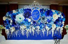 wedding paper flowers wall #wedding #paperwedding #paperflowers