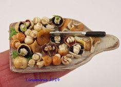 preparing mushrooms http://www.ebay.co.uk/itm/111358432450?ssPageName=STRK:MESELX:IT_trksid=p3984.m1555.l2649