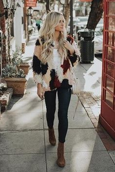 Amanda Stanton wearing Free People Cecile Ankle Booties, Sancia Babylon Bar Mini Bag in Sand and Tularosa Pfeiffer Coat