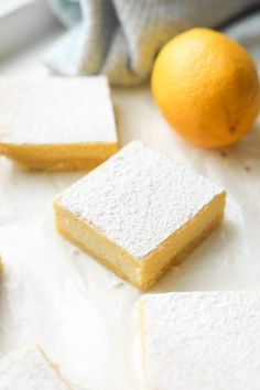 These healthy low carb keto lemon bars are a hit with my friends and family. Even my kids like these lemon bars, and they have no idea that they're healthy and sugar free. Plus, I love how easy these keto lemon bars are to make, & each one has just 2.5 net carbs! Low Carb Sweets, Low Carb Desserts, Low Carb Recipes, Banting Recipes, Beef Recipes, Recipies, Cooking Recipes, Lemon Dessert Recipes, Lemon Recipes