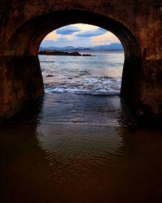 Espigón de la Playa de Bikinis  #bikinis #playadebikinis #santander #santanderdiadia #igersantander #igsantander #cantabriasan #cantabria #turismo #cantabriayturismo #cantabria_y_turismo #cantabriainfinita #cantabros # espigón #cantabriaverde #cantabriarural #igerscantabria #paseucos #paseúcos #cantabriamola #igercantabria #igcantabria #fotocantabria #follow #picoftheday #instapic #fotodeldia #pasionporcantabria #latierruca #lamontaña Esta imagen tiene copyright