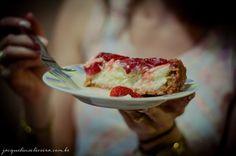 Torta de ricota com morango - Mel e Pimenta